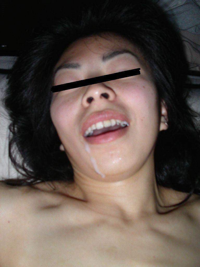 初めて顔射したらあまりにも気持ち良かったので彼女とザーメン記念撮影www 15365