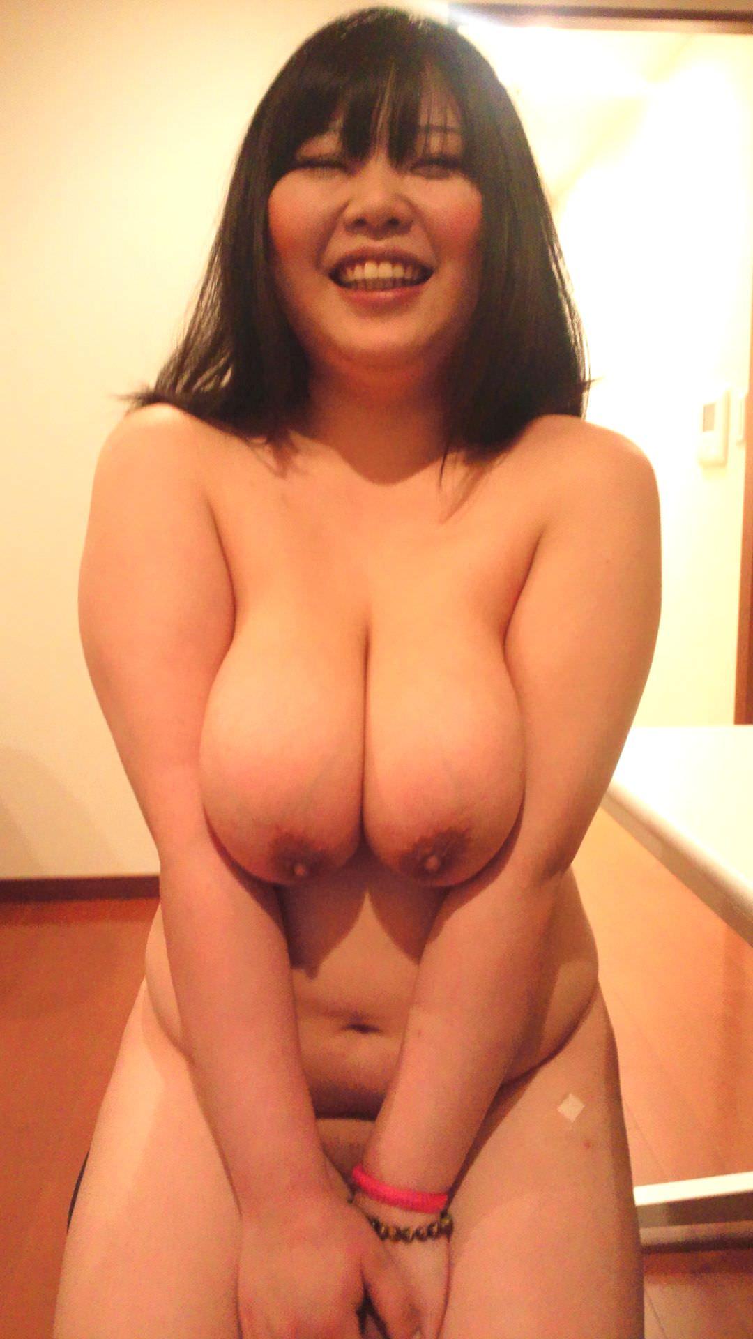 ぽっちゃり系??いや、デブ女どもの全裸を集めた素人ヌード集www 0216