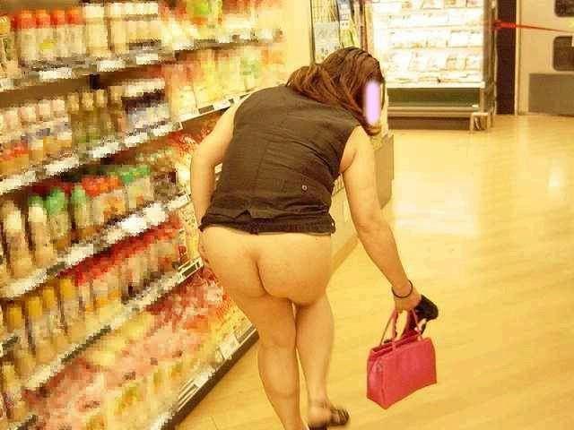 デートにマンネリ化したカップルが刺激を求めてショッピングで変態露出プレイwww 0307