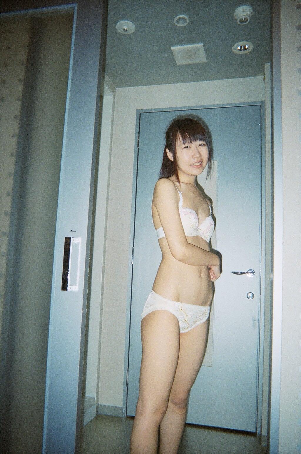 今まで付き合ってきた彼女の裸を特別にリベンジ公開するwww(ハメ撮りあり) 0933