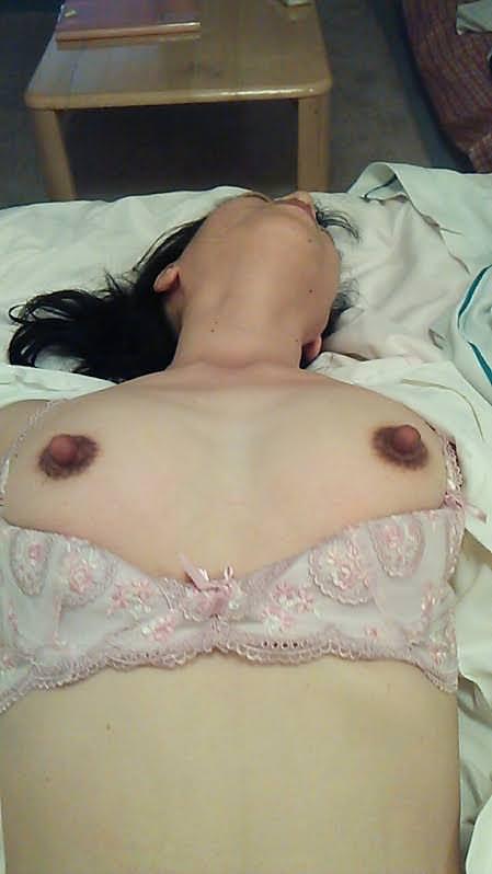 ガチ現役ナースの彼女を強制ハメ撮りしたヤバい画像がネットに流出wwwww 2124 1