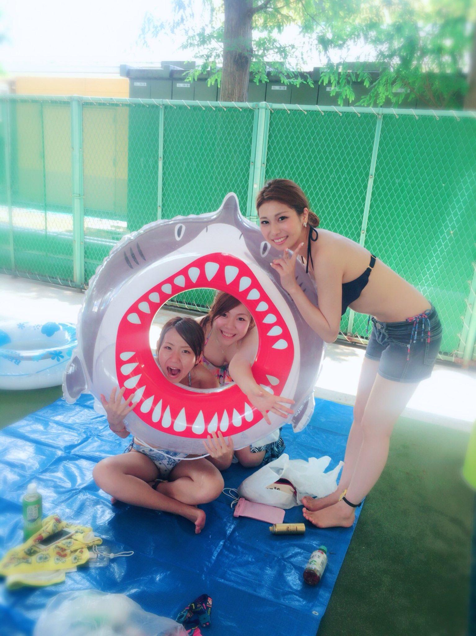 素人の水着画像がぐうシコでマジ感謝wwwwwwwwwwww R5r3j5Q