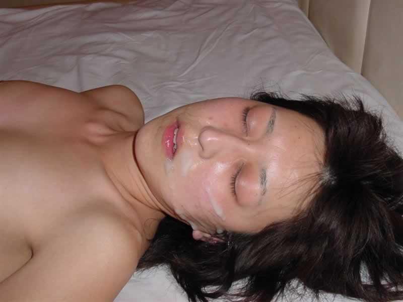 彼女や人妻の顔面に臭くて苦い精子をぶっかけwww素人娘の顔射画像wwww 2604