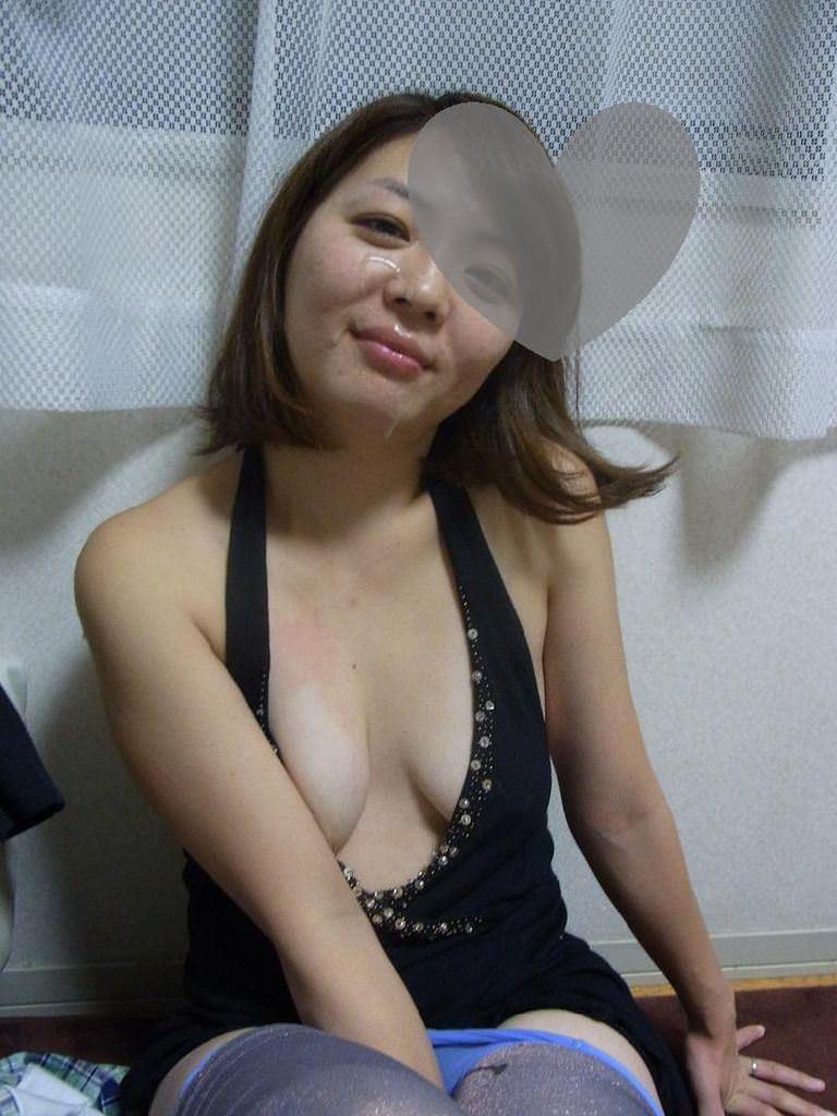 彼女や人妻の顔面に臭くて苦い精子をぶっかけwww素人娘の顔射画像wwww 2619