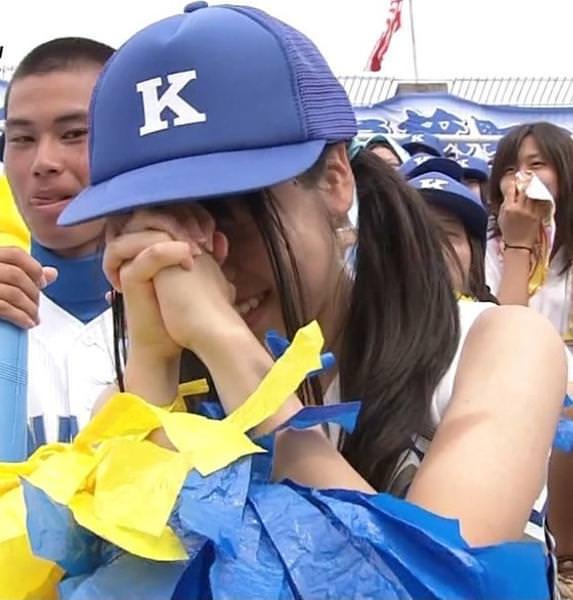 援助交際流出のJS小学生がジャージ姿ってエロ可愛いよな画像