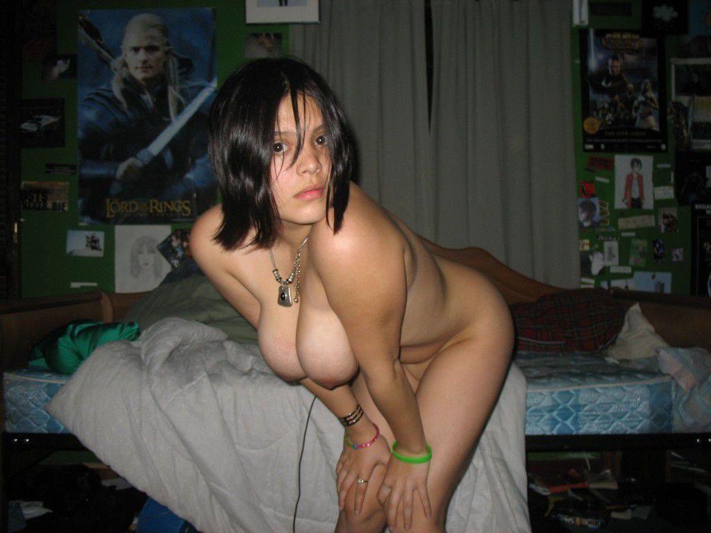 むしろ晒されて嬉しい自意識過剰なアメリカン女子のヌード画像wwwww 1534