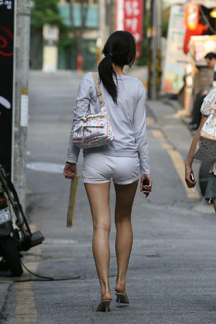 ショートパンツとかいうエロすぎる服装した女達を街撮りした結果wwwwwww fcVPPJq
