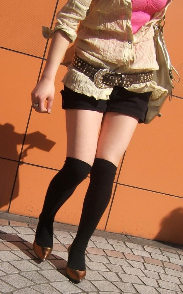 ショートパンツとかいうエロすぎる服装した女達を街撮りした結果wwwwwww rjTIwQp