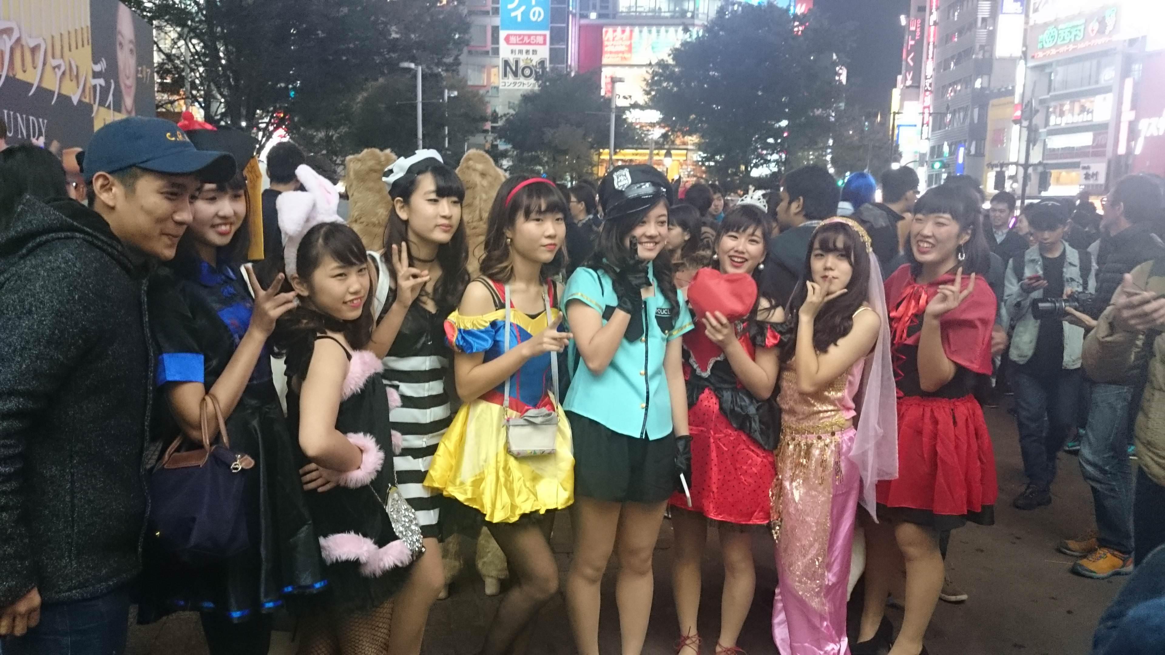 2ちゃんから集めた2016年渋谷のハロウィンコスプレ画像wwww 0151