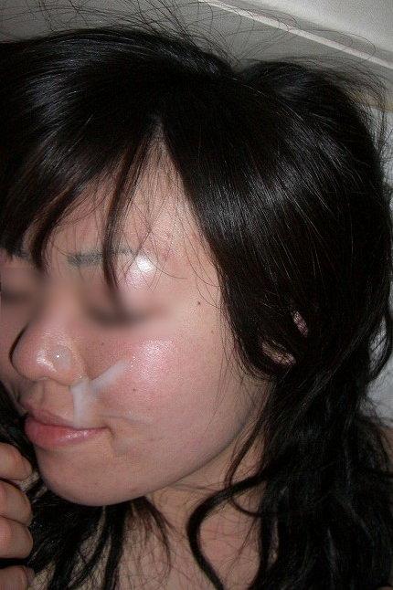 溜め込んだ精子をま~んに大量顔射www嫌いな女にぶっかけて顔汚すの楽しすぎwwww 2805