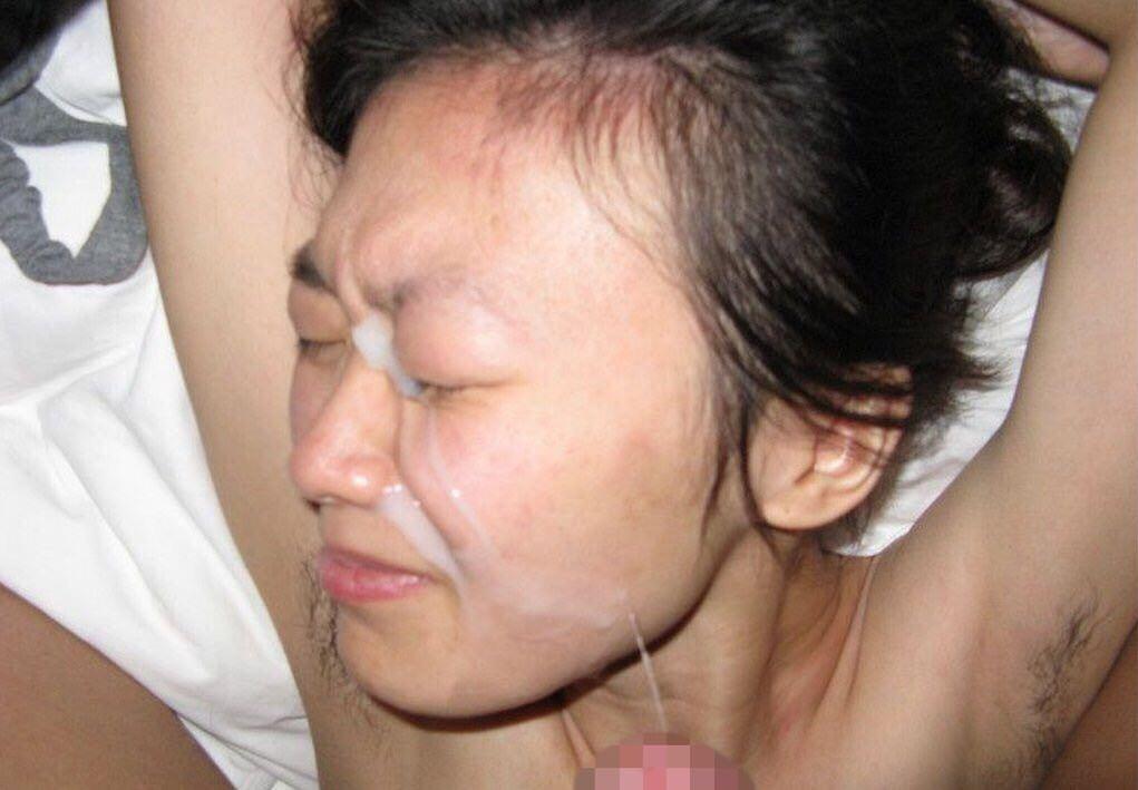 溜め込んだ精子をま~んに大量顔射www嫌いな女にぶっかけて顔汚すの楽しすぎwwww 2819
