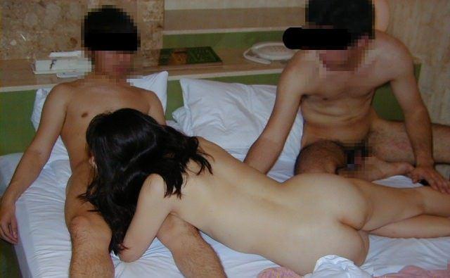 寝取られ好きの旦那に派遣されておっさんと3P!!!性に乱れた人妻乱交www 1646