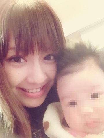人妻ギャルの授乳おっぱいwww赤ん坊「ギャルの生乳うめぇぇぇぇぇー」!!!!!!! UJkI3kB