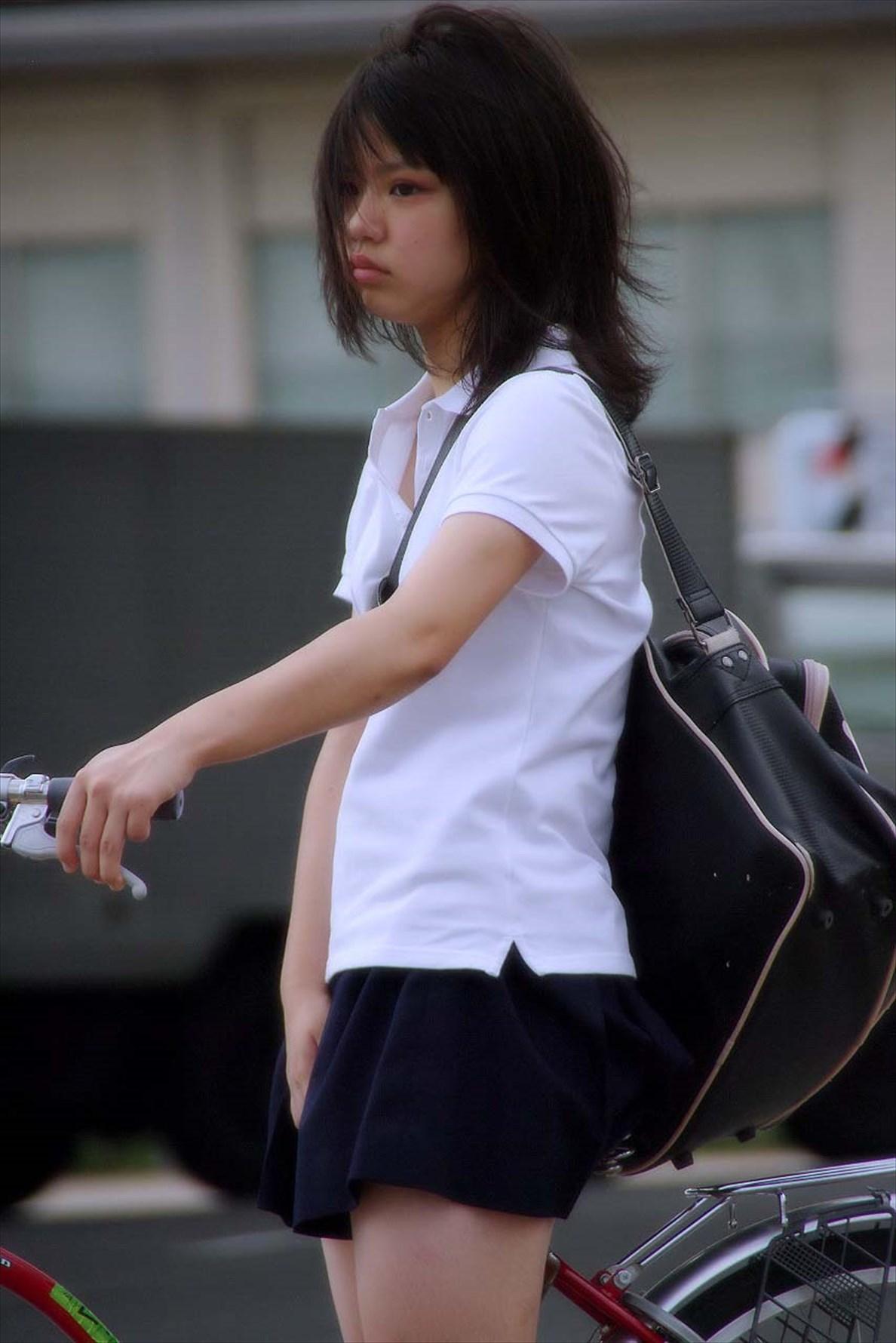 女子高生って青春だな。見てると可愛すぎて癒される不思議な生き物。 VpaNbYR