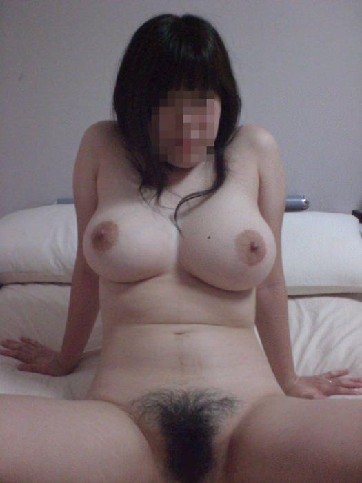 ふくよかで肉厚な身体とデカイおっぱい!!!熟女の巨乳はエロくてたまりませんwww 0411
