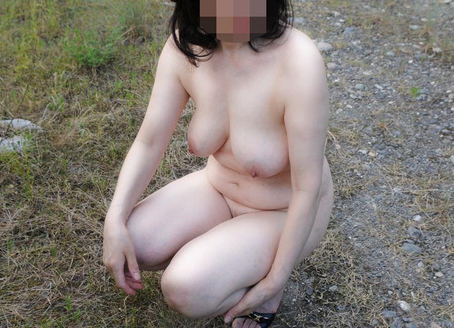 ふくよかで肉厚な身体とデカイおっぱい!!!熟女の巨乳はエロくてたまりませんwww 0414