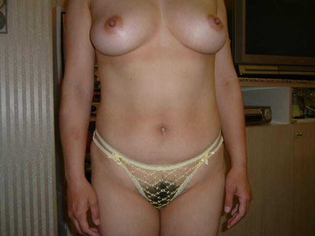 ふくよかで肉厚な身体とデカイおっぱい!!!熟女の巨乳はエロくてたまりませんwww 0422