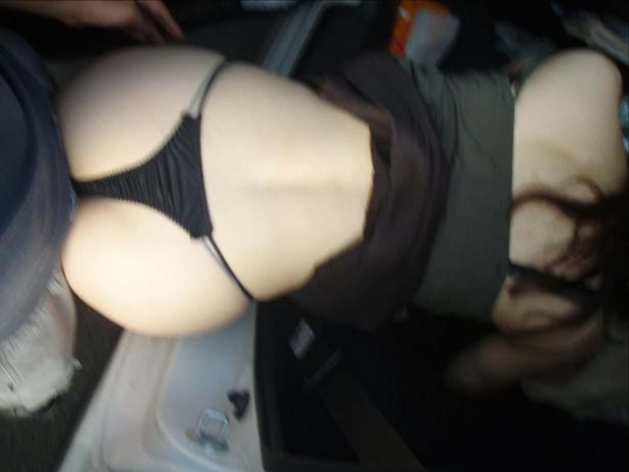 スリルにハマるド変態夫婦がカーセックス!!!見られたい性癖爆発www 1091
