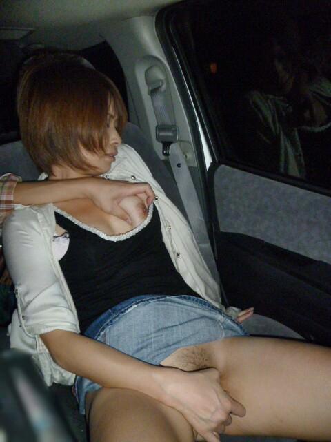 スリルにハマるド変態夫婦がカーセックス!!!見られたい性癖爆発www 1097