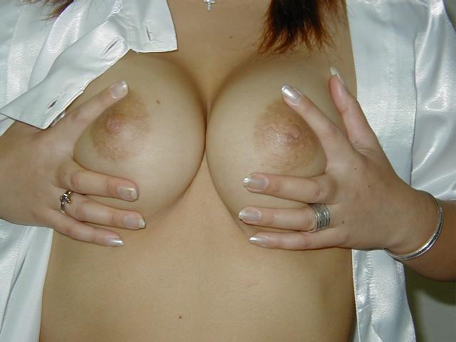 非常に喜ばしいおっぱいwww厳選した素人娘の巨乳おっぱいwww 2619
