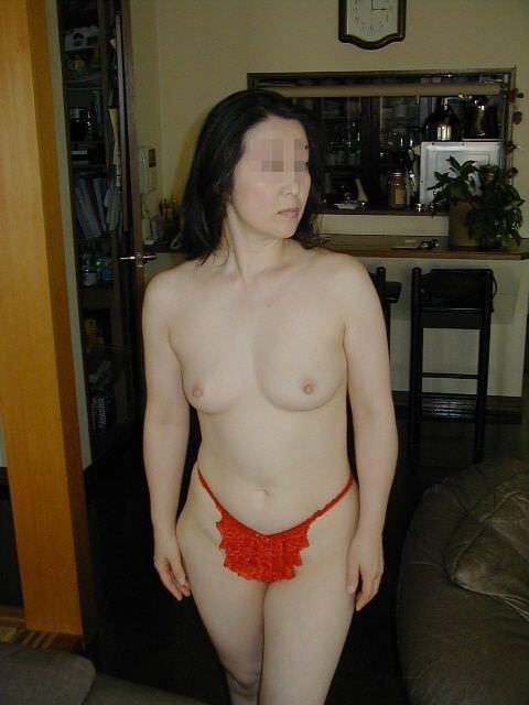 使い込まれた黒いパイパイが大好きなのにぃ!!!!熟女とエッチしたらピンク乳首だった件wwww 2806