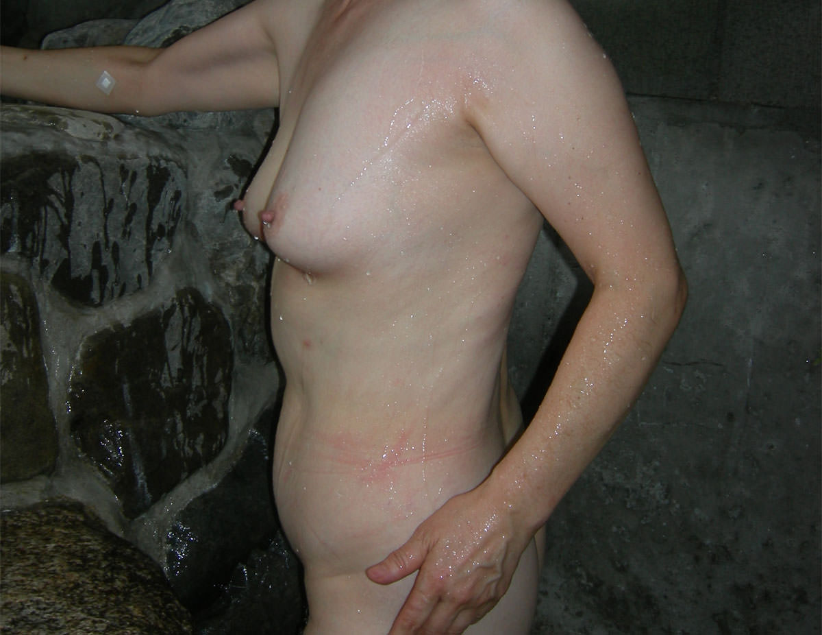 使い込まれた黒いパイパイが大好きなのにぃ!!!!熟女とエッチしたらピンク乳首だった件wwww 2816