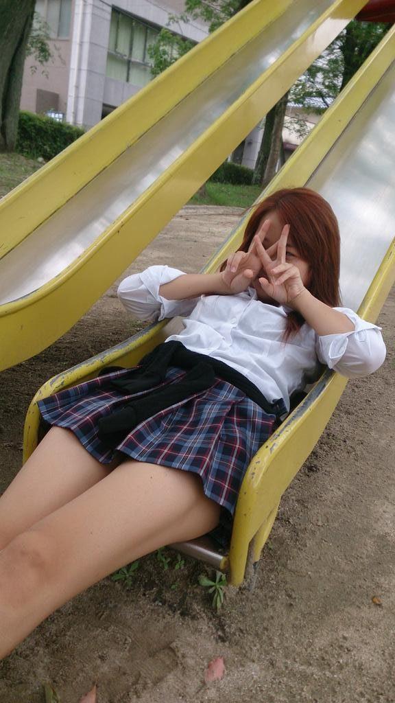エロ目線じゃなくて素直に可愛い青春してる女子校生の画像wwwwwwwww 6xPkFHV