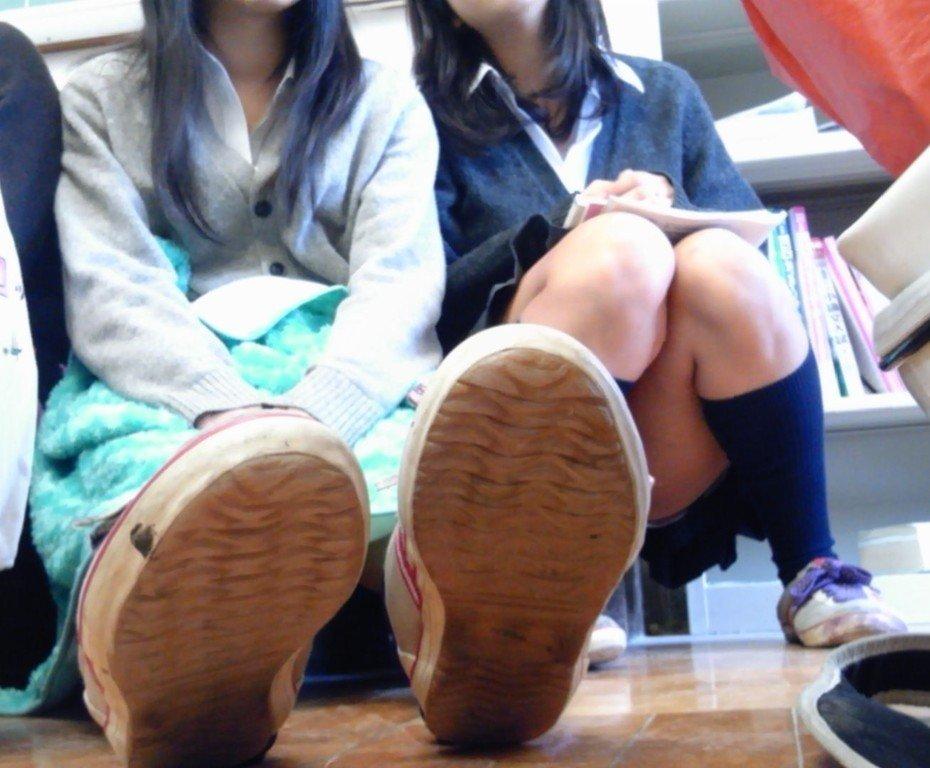 エロ目線じゃなくて素直に可愛い青春してる女子校生の画像wwwwwwwww QXvw4cM
