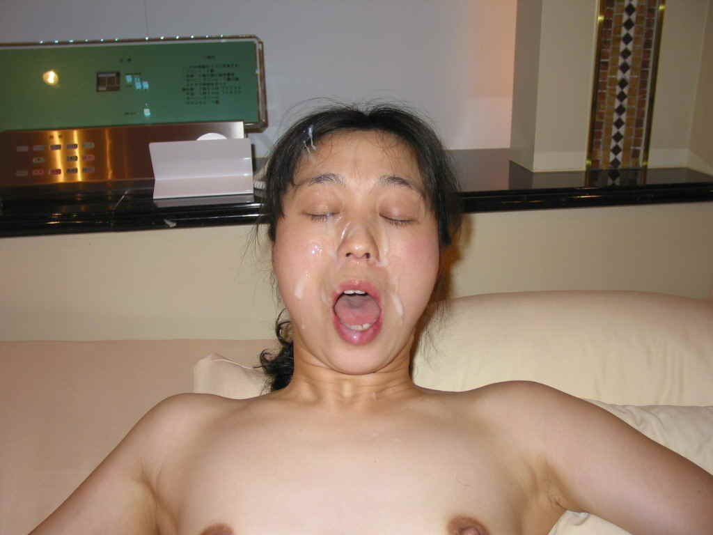 元ヤリマンの人妻OLをラブホに連れ込んで顔射したったwwwwwwww 1115