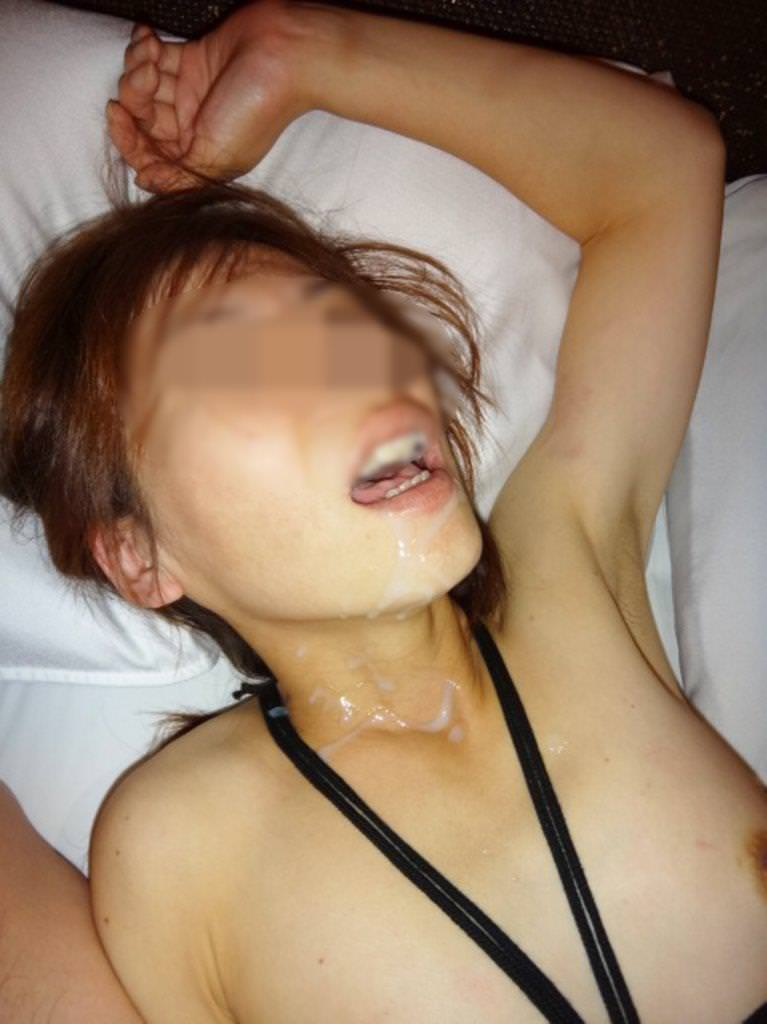 元ヤリマンの人妻OLをラブホに連れ込んで顔射したったwwwwwwww 1117