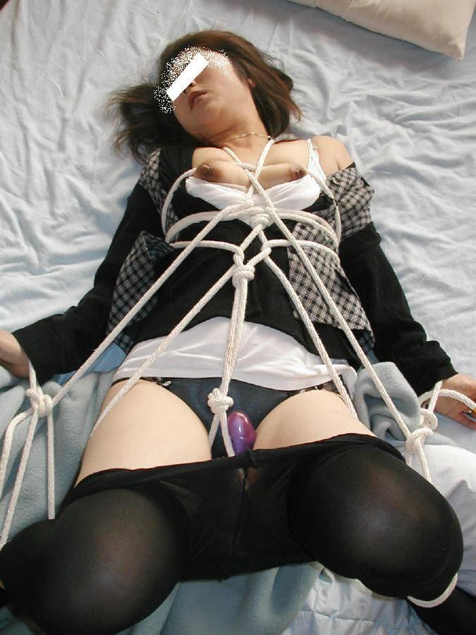 彼女に人生初の調教プレイwww緊縛姿にご満悦な彼女とこの後めちゃくちゃセックスwww 1404