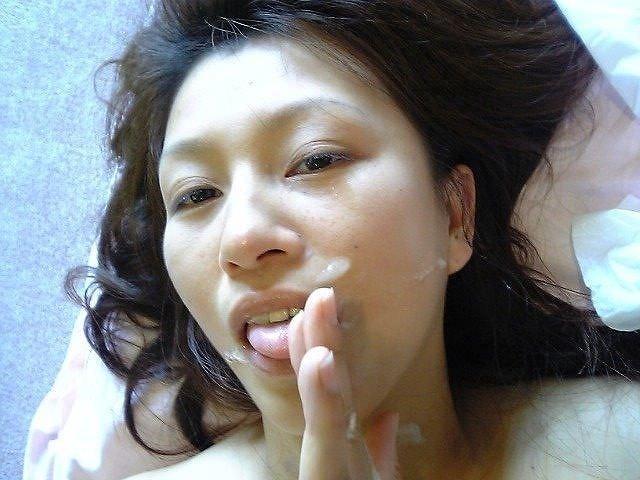 ドクドク精子を彼女のお口に大量射精!!承認欲求満たされまくりで気持ちぃwwww 1547