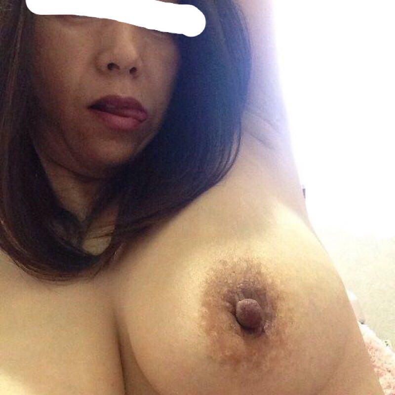 垂れ乳爆乳の50代熟女妻のパイズリwwwセックス上手そうでエロすぎwww 2505