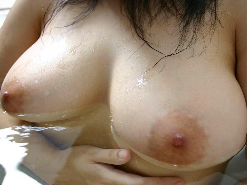 素人の女の子の裸って何でこんなにエロいんだwwwww(画像あり) UsMWapE
