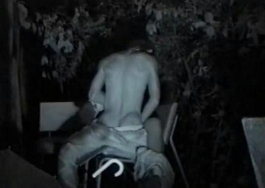 赤外線カメラで鮮明に撮られたカップル達の野外セックス!!!リア充は外でもセックスしまくりwww 0408