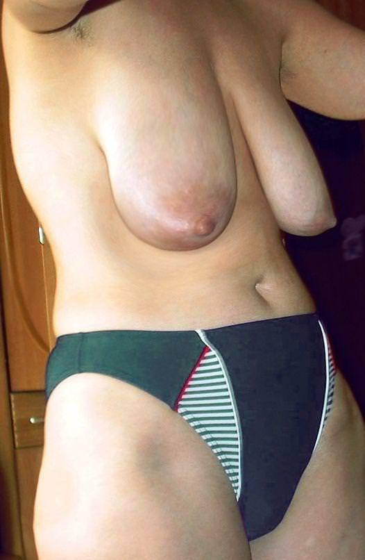 垂れ乳素人おっぱいwww寄せて上げて巨乳の出来上がり!! 0714