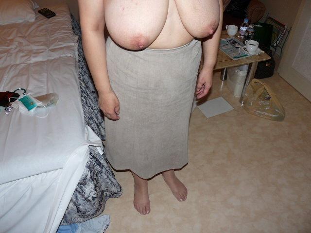 垂れ乳素人おっぱいwww寄せて上げて巨乳の出来上がり!! 0716