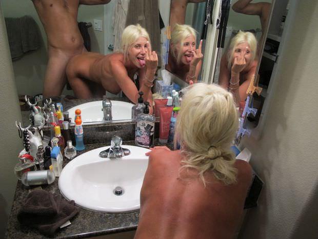 外人のハメ撮りはマジ迫力ある!!鏡越しにデカマラぶち込むぜぇwww 1777