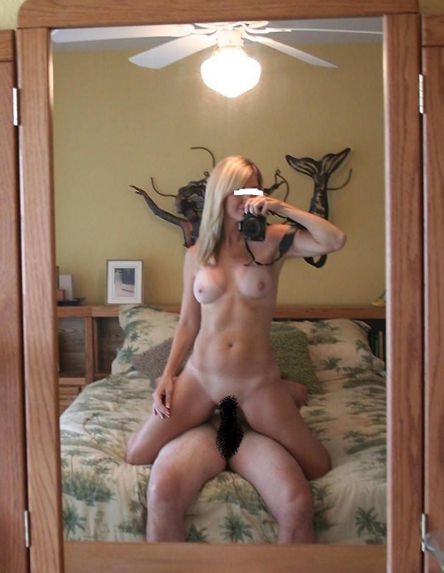 外人のハメ撮りはマジ迫力ある!!鏡越しにデカマラぶち込むぜぇwww 1779