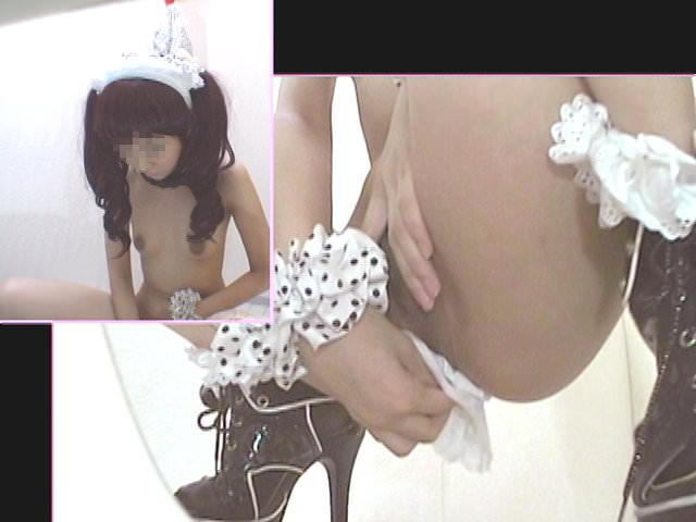 メイドキャバクラ嬢のオシッコ隠し撮りwww可愛い子多くてえっろwww 2225