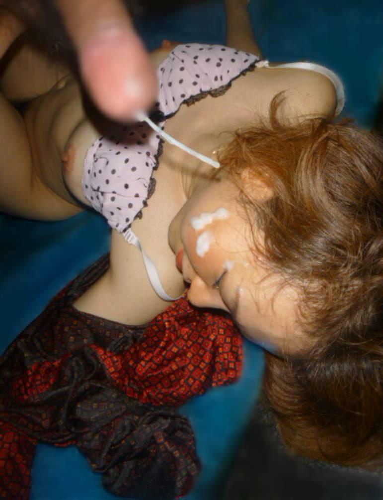 お口マンコにドバっと中出しwwwザーメン流しこむ口内射精のエロ画像 2418 1