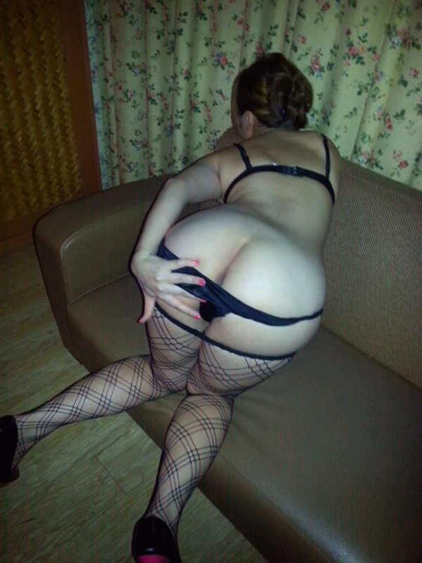 セフレにしてる人妻の裸を大公開www人妻は愛に飢えてるから簡単にヤれるぞぉwww 0458