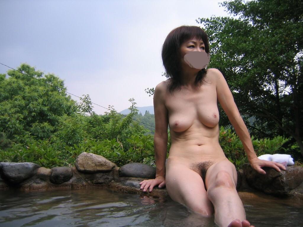 温泉にラブラブ夫婦参上!!!何歳になっても毎年温泉セックス旅行は欠かせませんwwww 3013
