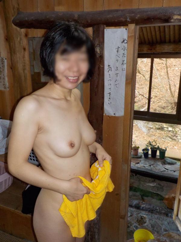 温泉にラブラブ夫婦参上!!!何歳になっても毎年温泉セックス旅行は欠かせませんwwww 3015