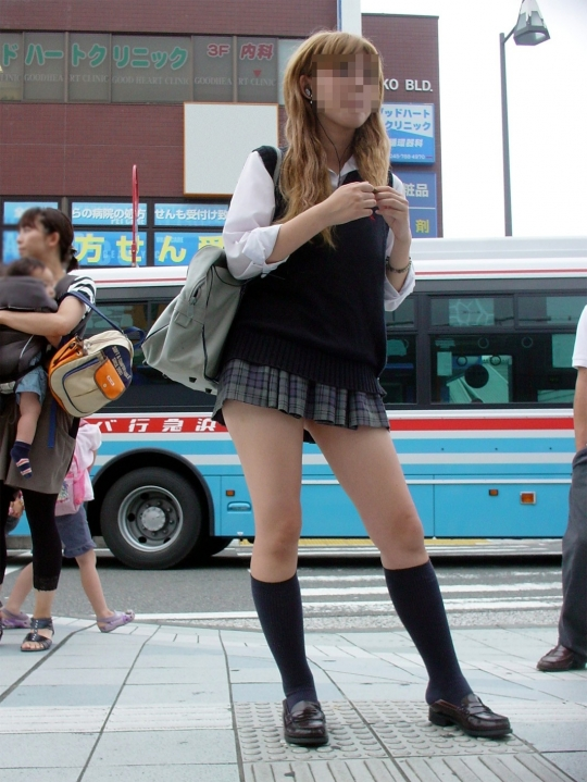 ワイの街撮りJKフォルダーの中身晒してくwwwwwwwwww NXeMVo1