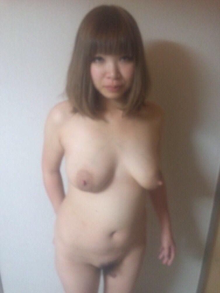 若い素人の女の子の裸をくださいwwwwwwwww S9fD5M9