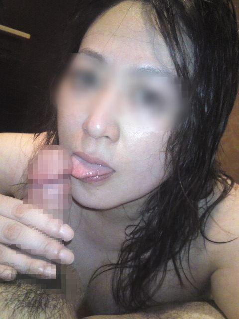 彼氏のチンポ生フェラする彼女の一言www大っきくても小さくても関係ないってwww 0225