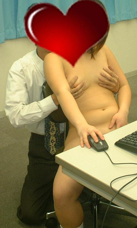 会社内でエッチはマズいだろwww社内恋愛してるカップルって危険を犯してセックスしてるぜぇーwww 1611