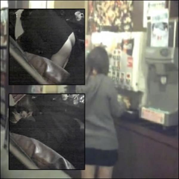 これはやば過ぎだろ!!ネットカフェでエッチしてるカップル隠し撮り成功wwwww 2327