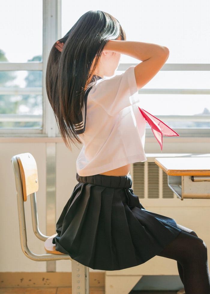 可愛いJKモデルの綺麗な画像をくださいwwwwwwww 93ttCk4